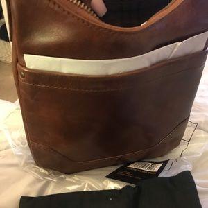 New Frye brown body cross bag 😊😀